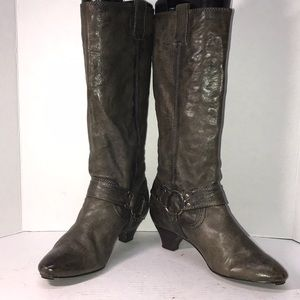 Nice Olive Green Frye Boots size 8.5